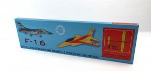 BALSAMODELL F16 FLYGPLAN