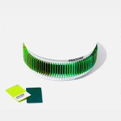 PANTONE PLASTIC STANDARD CHIP COLOR SET GREEN